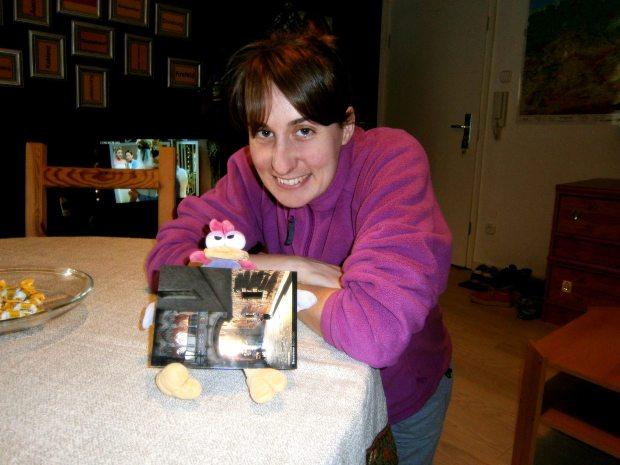 Aquí estoy con Rita, una de las ganadoras de la postal de Barcelona.  ¡Me invitó a un té con pastas!