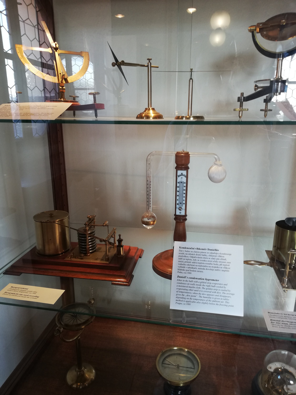 En el Clementinum había muchos artilugios y cachibaches que no sé para qué sirven. ¡Pero se ve todo muy interesante!